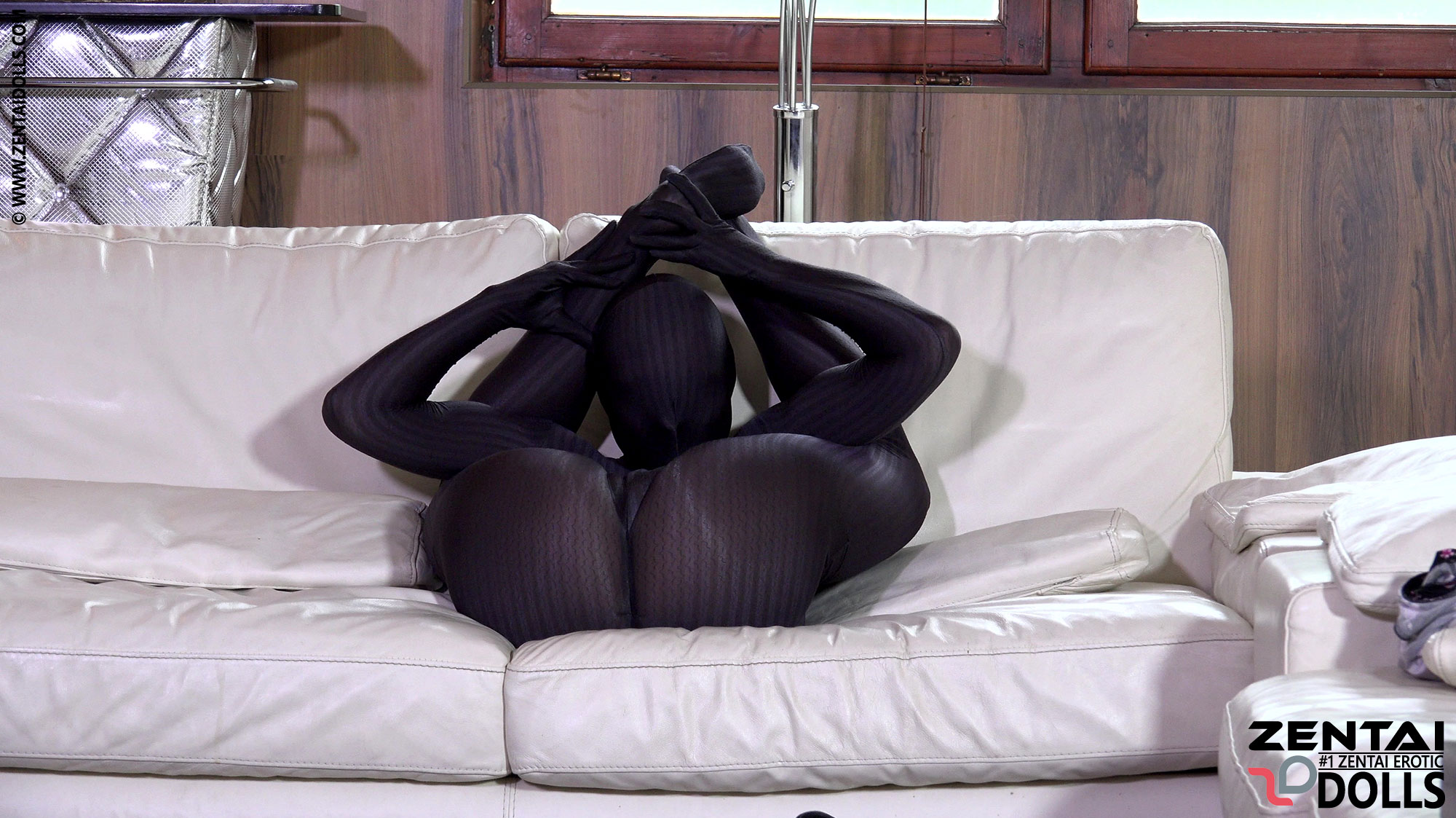 Zentai Casting for Ornella Morgan